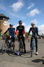 The first 3 riders return to Castle Semple